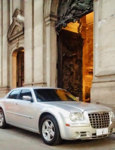 Chrysler 300C Prata Blindado - Chofer das Noivas